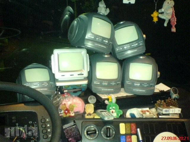 sledovani-televize-v-kamionu